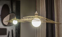 Pendant lamp / traditional / metal