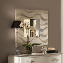 Wall-mounted mirror / contemporary / square / silver