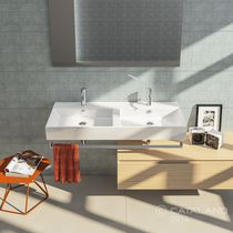 Double washbasin / wall-mounted / rectangular / ceramic