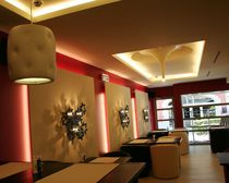 Original design wall light / aluminum / LED / IP20