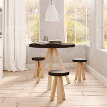 Scandinavian style table / oak / solid wood / MDF