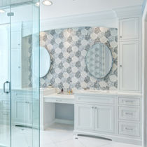 Indoor mosaic tile / wall / glass / floral