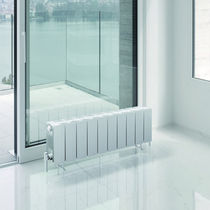 Hot water radiator / horizontal / metal / free-standing