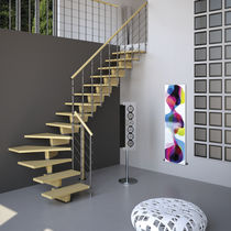 Half-turn staircase / quarter-turn / wooden steps / wooden frame