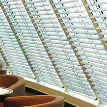 Venetian blinds / aluminum / chain-operated / electric