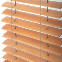 Wooden solar shading / for facades / horizontal / swiveling