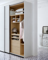 Contemporary wardrobe / wooden / lacquered wood / sliding door