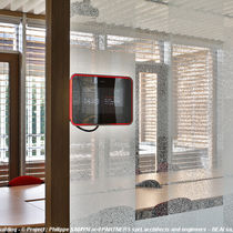 Interior fitting glass panel / screen-printed / tempered / multi-function