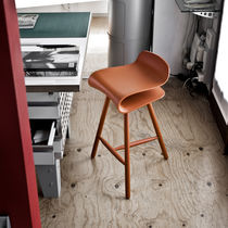 Contemporary bar stool / wooden / adjustable