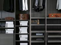 Modular walk-in wardrobe / contemporary / melamine / lacquered wood