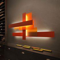 Contemporary wall light / aluminum / polycarbonate / methacrylate