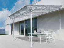 Wall-mounted pergola / aluminum / with mobile slats