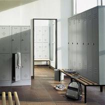 Steel locker / for public buildings