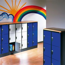 Steel locker / for public buildings / for schools