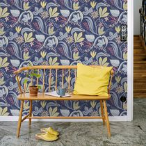 Traditional wallpaper / floral / blue