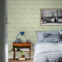 Contemporary wallpaper / patterned / green / pink