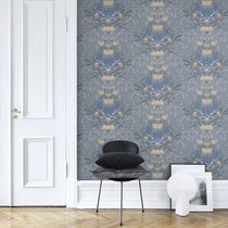 Traditional wallpaper / floral / blue / green