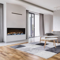 Gas fireplace / design / closed / central
