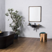 Engineered wood flooring / floating / oak / varnished