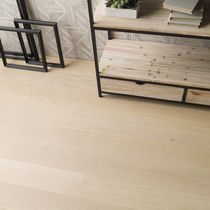 Engineered wood flooring / floating / oak / stained