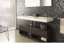 Bathroom cabinet with casters