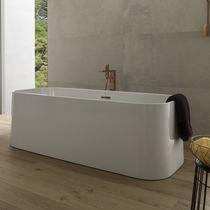 Free-standing bathtub / PMMA