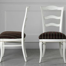 Traditional chair / upholstered / fabric / solid wood