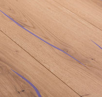 Engineered wood flooring / glued / floating / oak