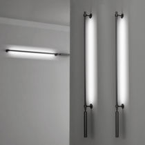 Contemporary wall light / aluminum / linear