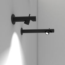 Contemporary wall light / linear / anodized aluminum / LED