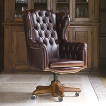 Chesterfield executive chair / wooden / leather / on casters