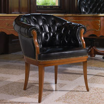Chesterfield visitor armchair / wooden / leather