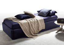 Pull-out bed / single / contemporary / leather