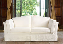 Traditional sofa / leather / fabric / 3-seater