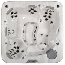 5 seater portable hot-tub 781 MAAX Spas