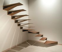Quarter-turn staircase / metal steps / self-suppporting / without risers