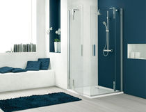Glass shower cubicle / angle / with pivot door