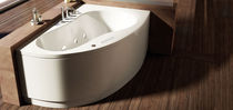 Corner bathtub / acrylic / whirlpool