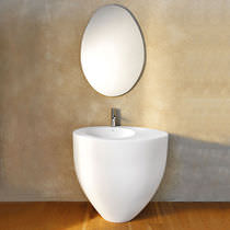 Free-standing washbasin / oval / ceramic / original design