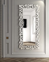 Wall-mounted mirror / traditional / rectangular