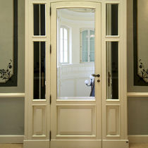 Swing entry door / wood / aluminum / thermally-insulated