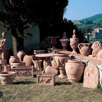 Classic vase / clay