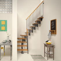 Quarter-turn staircase / wooden steps / steel frame / without risers