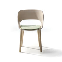 Contemporary chair / ash / contract