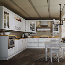 Traditional kitchen / wooden / L-shaped