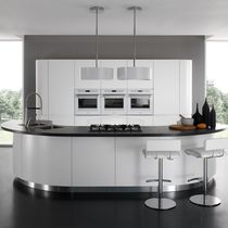Contemporary kitchen / laminate / round / lacquered