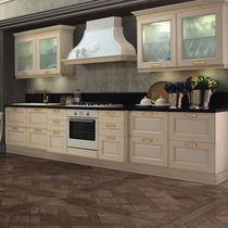 Traditional kitchen / glass / wooden / lacquered