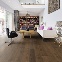Solid parquet flooring / oak / oiled / brushed