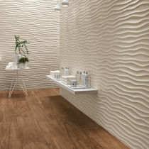 Wall tile / porcelain stoneware / geometric pattern / smooth