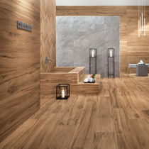 Floor tile / porcelain stoneware / matte / wood look